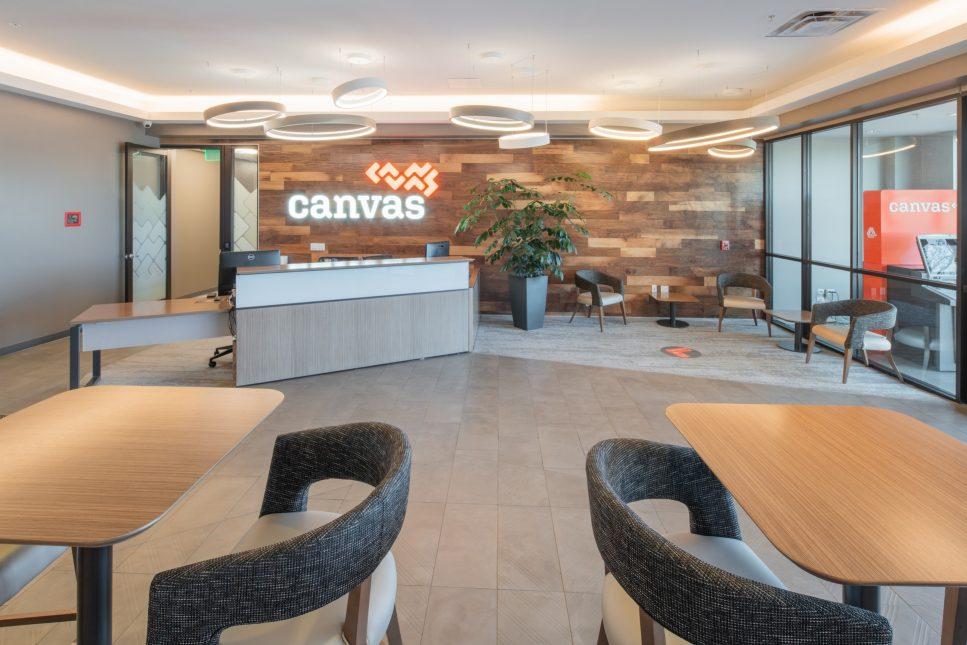 COM - CANVAS-HQ-01